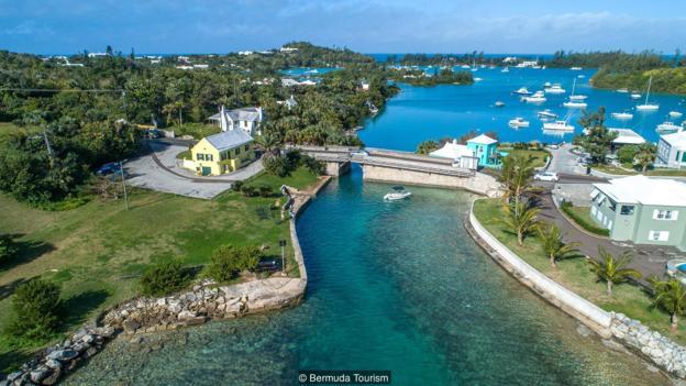 The 56cm bridge that connects Bermuda