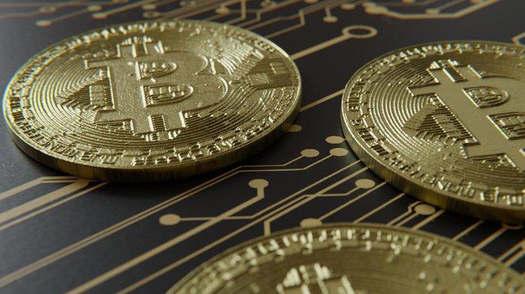 Биткоин: курс криптовалюты продолжает повышаться