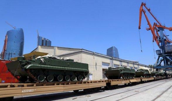 Поставки российского вооружения в Баку: «Убийца танков» и другая техника