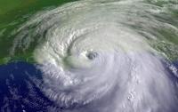 В Тихом океане набирает силу шестой по счету ураган Лейн
