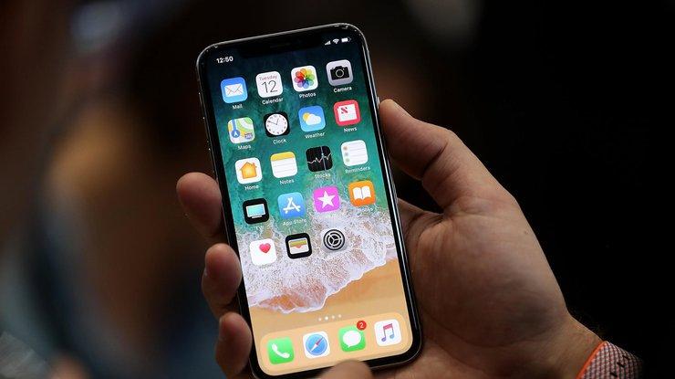 Аpple против Samsung: названы лучшие гаджеты 2017 года