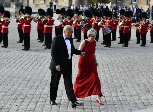 Дональд Тамп критикует Великобританию за «мягкий» выход из ЕС