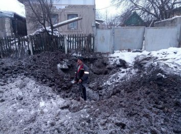 Один обстріл бойовиків зафіксовано в зоні АТО у п'ятницю, зруйновані два будинки та сарай