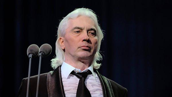Известный певец сообщил о смерти Хворостовского