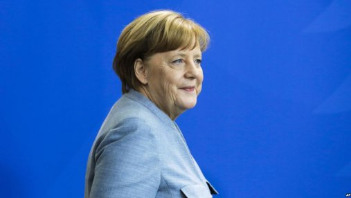 Ангела Меркель высказалась об изменении границ на Балканах