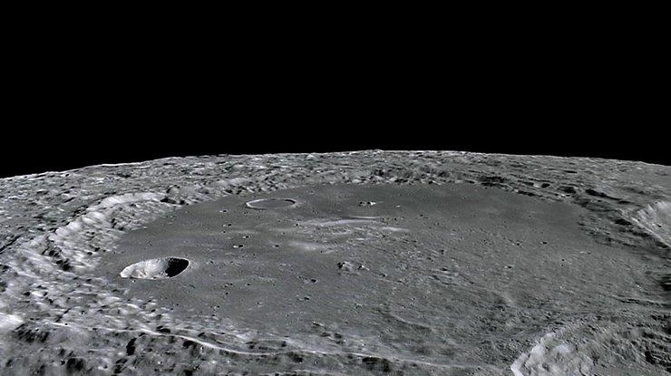 На Луне нашли идеальное место для колонии