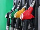 На украинских АЗС резко подорожал бензин: аналитики винят рост курса доллара
