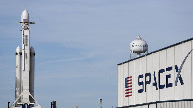 SpaceX начнет разрабатывать оружие для США