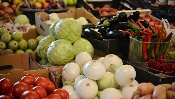 Стало известно, насколько подорожали овощи в Украине