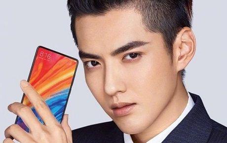 Xiaomi рассекретила внешность нового флагманского смартфона (ФОТО)