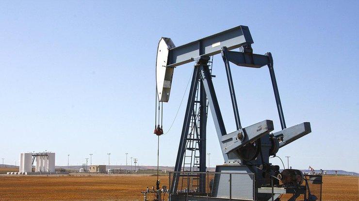 Мировые цены на нефть продолжают стремительно падать