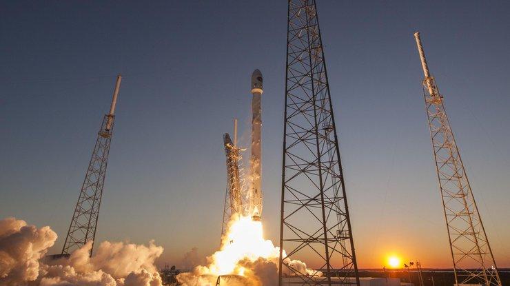 SpaceX запустила модернизированную ракету Falcon 9 (онлайн трансляция)