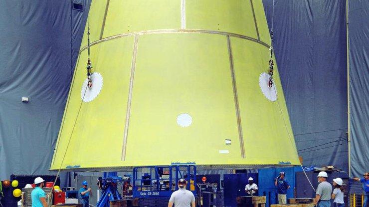 NASA показали ракету, которая полетит на Марс