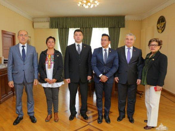 Визит оппозиционных депутатов в Карабах вызвал скандал в Мексике
