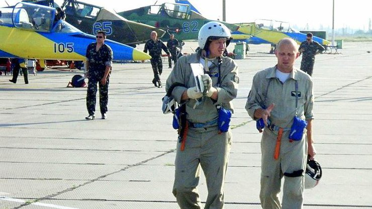 Военным летчикам в Украине повысят зарплату