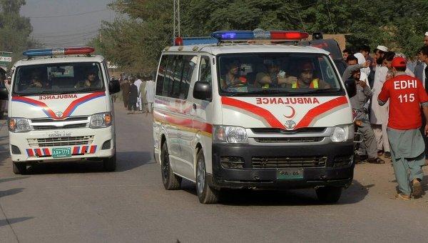 Взрывы в Пакистане: число жертв превысило полсотни