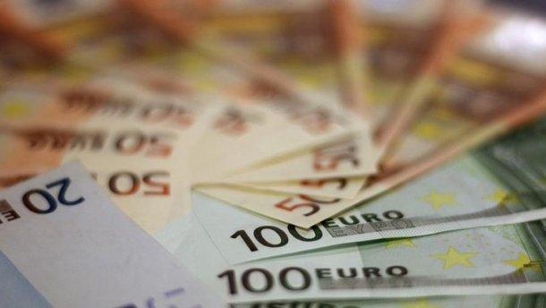 Курс валют на 23 червня: євро суттєво додав, долар дешевшає