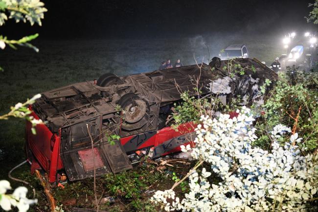 Під Перемишлем розбився український автобус (оновлюється)