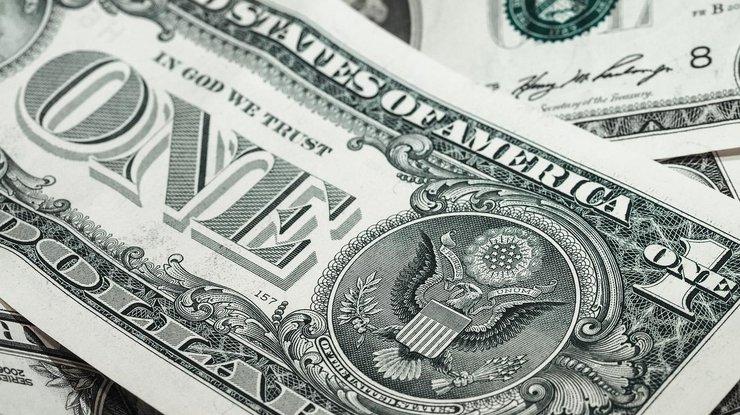 Курс доллара в Украине стремительно растет
