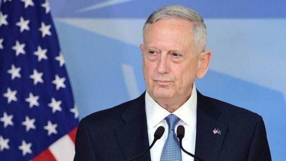 Шеф Пентагона едет в Украину