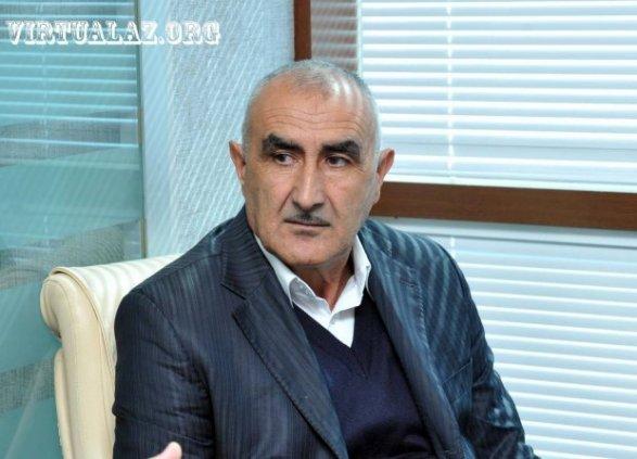 Асад Акперов: «Помогите, министр и суд отнимают у меня внука!» приемная haqqin.az