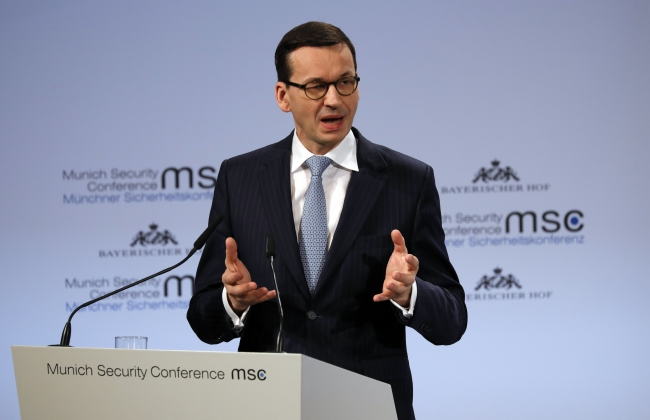 Polish PM's comments not intended to deny Holocaust: gov't spokesperson