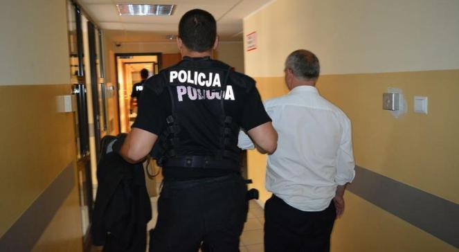 У Сопоті арештовано чоловіка за зневагу на расовому ґрунті дитини