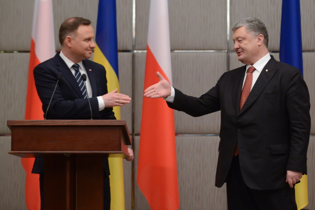 Дуда і Порошенко обговорили історичні питання
