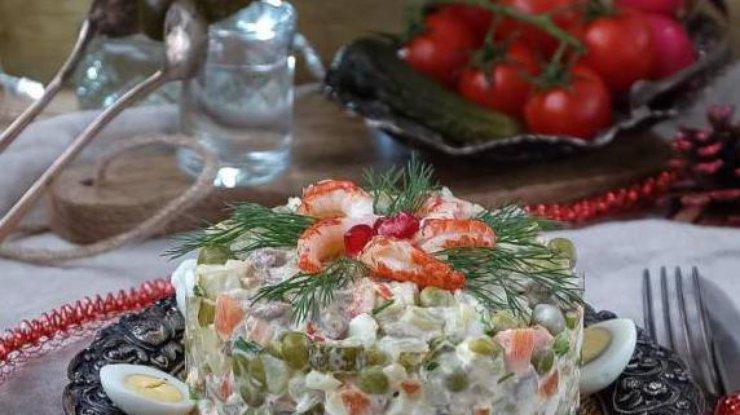 Новогодний стол 2018: топ-5 рецептов салата Оливье