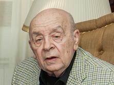 Броневой умер на 89-м году жизни