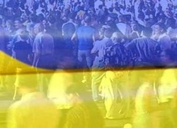 Украинские экономисты предупреждают о риске дефолта, валютного и политического кризиса еще до выборов
