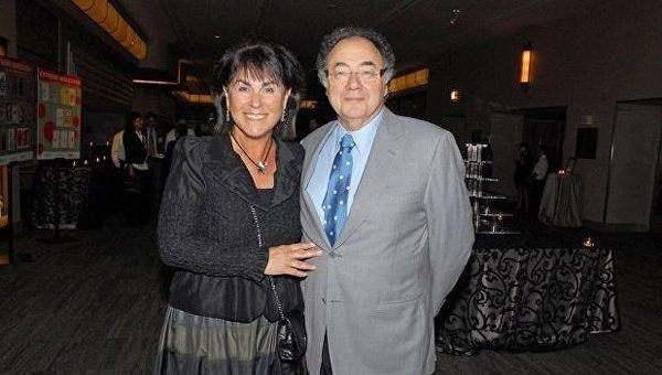 Канадский миллиардер и его жена найдены мертвыми в своем особняке