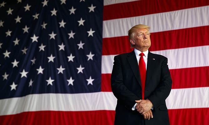 Белый дом подтвердил, что Трамп предложил довести расходы стран НАТО на оборону до 4 процентов ВВП