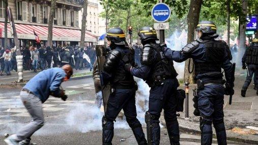 Во Франции почти 140 тысяч человек вышло на протесты против новой реформы: фото и видео