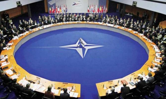 Украина до 2020 года должна выйти на стандарты НАТО в системе безопасности