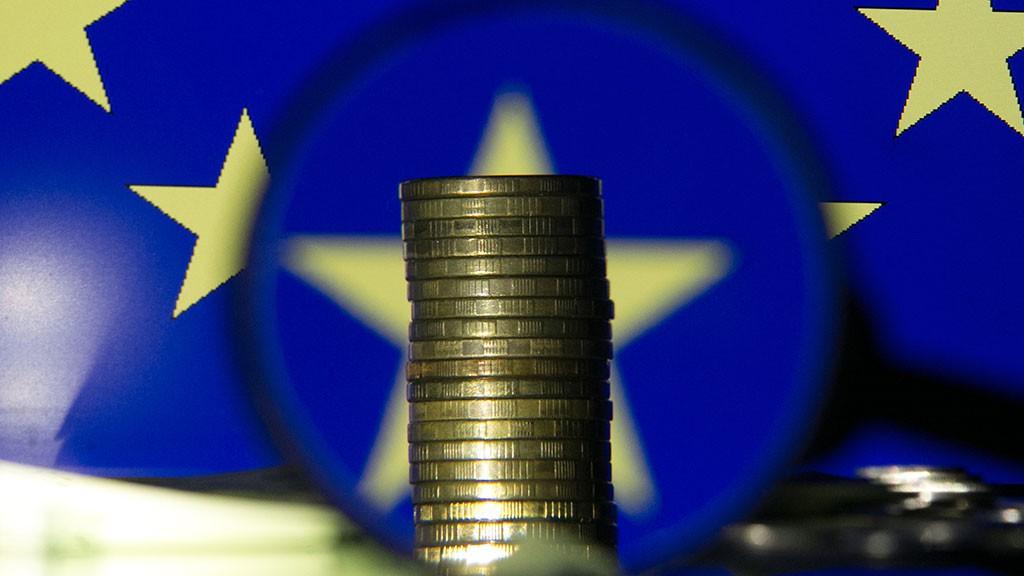 ЕС выделит Греции 6,7 млрд евро для погашения долга, - Совет Европы