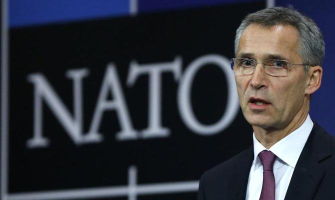 Столтенбергу продлили мандат генсека НАТО до 2020 года