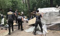 Во Львове напали на лагерь ромов: один человек погиб, четверо ранены