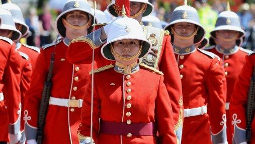 В Великобритании женщина впервые возглавила Королевскую гвардию