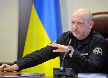 Турчинов вважає за необхідне створення в Україні стратегічного зброї стримування