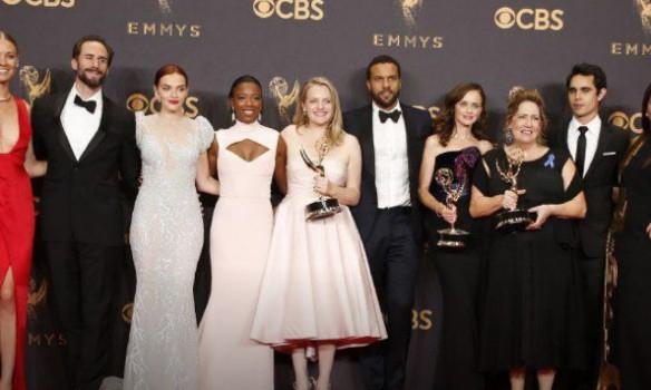 В Лос-Анджелесе объявили победителей премии Эмми, - ФОТО