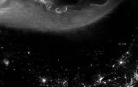 Астрономы показали уникальное фото северного сияния