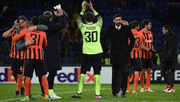 УЕФА запретил проводить матчи в регионах Украины, где введен военное положение
