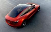 Названы цены первых экземпляров новой Tesla, завезенных в Украину