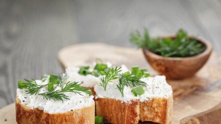 Плавленный сыр: полезные свойства и вред