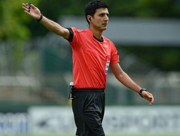 Как азербайджанский судья наказал армянского футболиста Видео