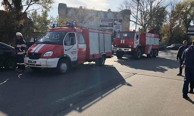 В Киеве горело помещение, где планировали разместить новый канал Мураева