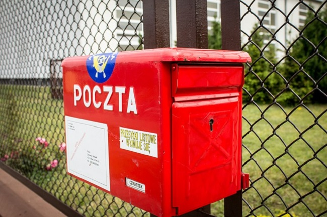 Polish postal service eyeing 100 new outlets in 2018