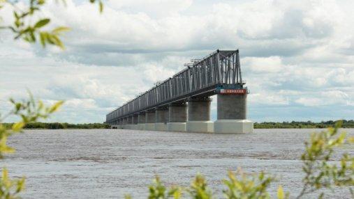 Общий мост: Китай завершил строительство 17 пролетов через Амур, Россия не успела построить и 3