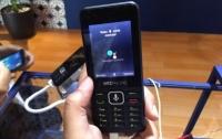 Google представила 4G-смартфон c 4 ГБ и 512 МБ оперативки за 200 гривен